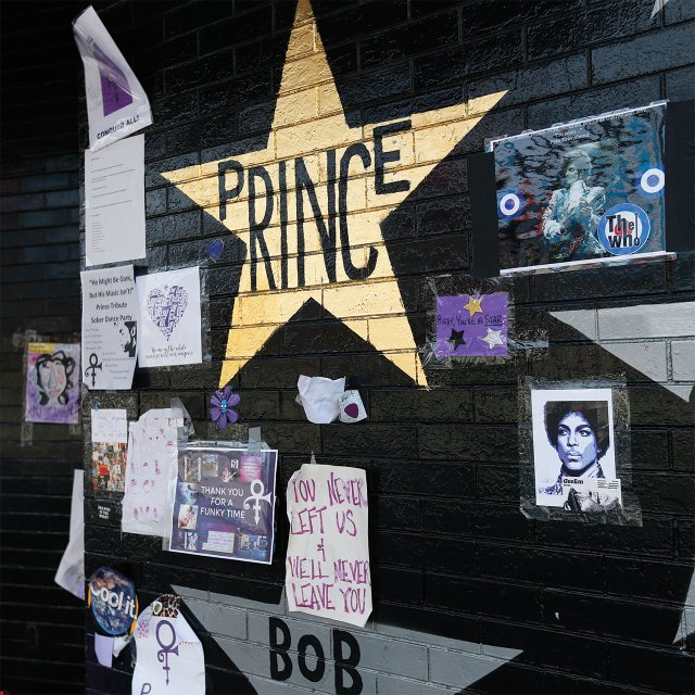 Prince Star and Memorial at First Ave