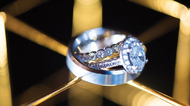 3.wedding-rings.jpg