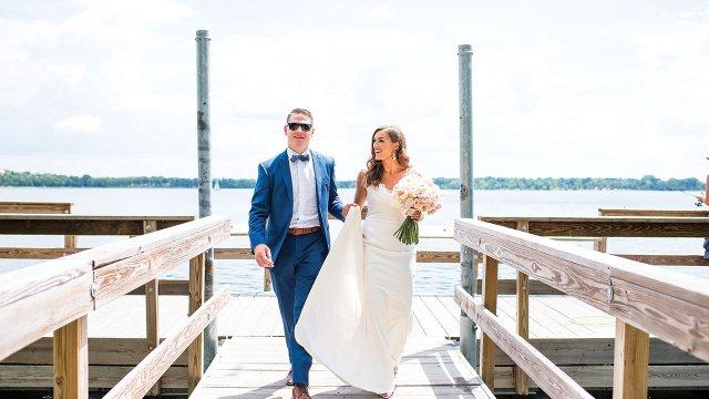 4.Lake-Calhoun-couple-photo.jpg