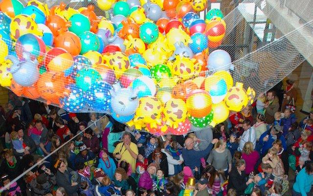 Noon Year's Party at Como Zoo