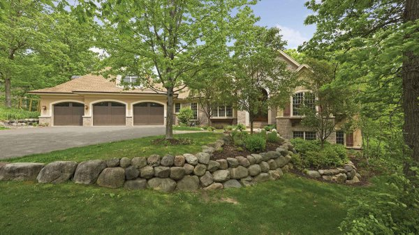 Edina Realty Exceptional Properties Feb 17 e13c