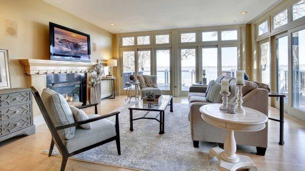 Edina Realty Exceptional Properties Feb 17 e15d