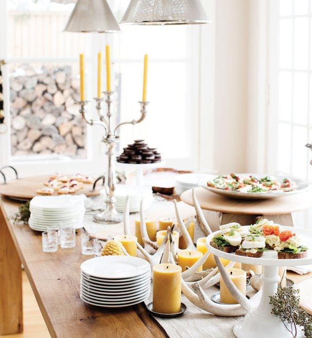 11_dining-room-table-buffet.jpg