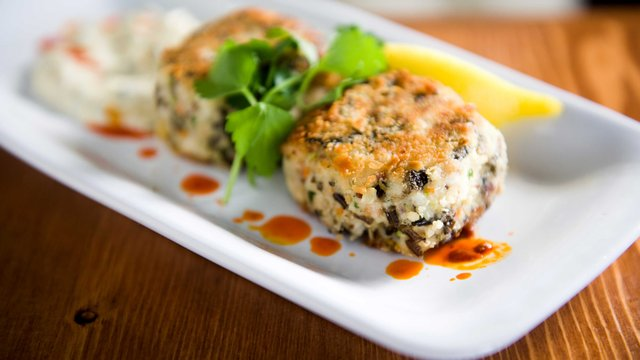 Walleye wild rice cakes at Birch's on the Lake