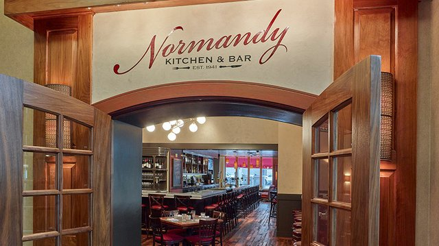 The front view of the remodeled Normandy Kitchen in Minneapolis