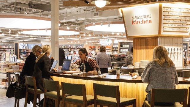 The restaurant at the Barnes and Noble at the Galleria