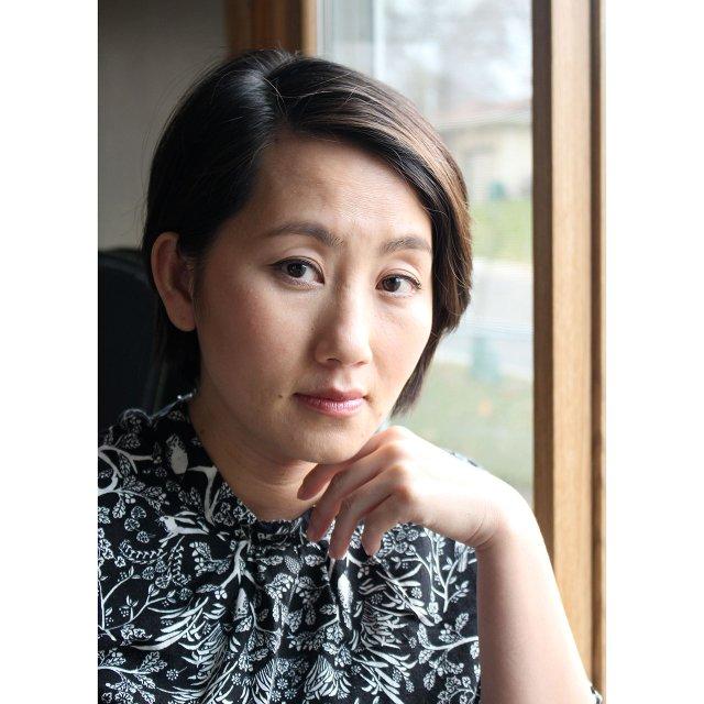 Author Kao Kalia Yang