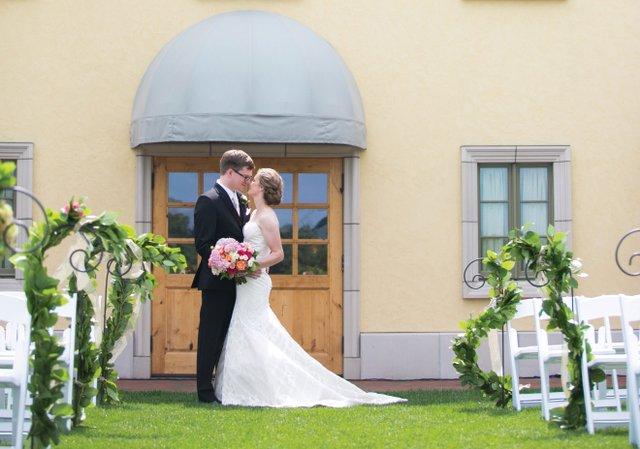Anna-&-Gunnar-at-Villa-Bellezza.jpg