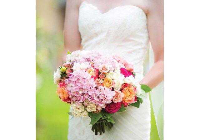 Bride's-Pink-and-orange-bouqety.jpg