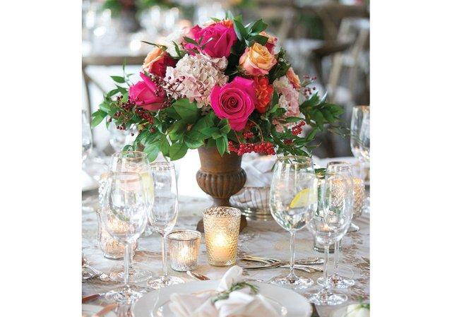 Pink-rose-floral-centerpiece.jpg