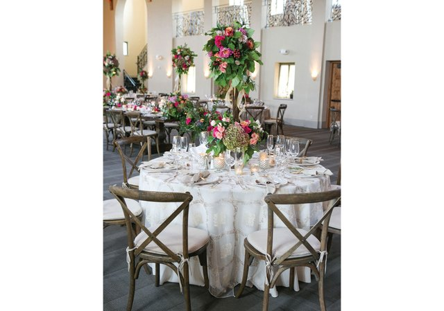 Wedding-tables-and-centerpieces.jpg