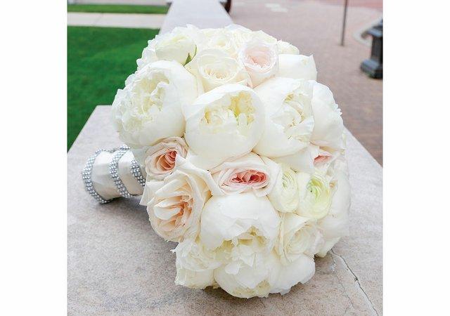 Haley-and-Matt-wedding---bouquet.jpg