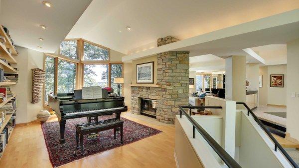 Edina Realty Exceptional Properties May 17 e13c