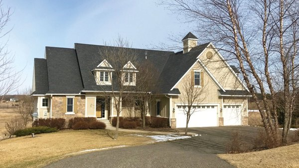 Edina Realty Exceptional Properties May 17 e14f
