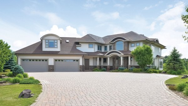 Edina Realty Exceptional Properties May 17 e18a