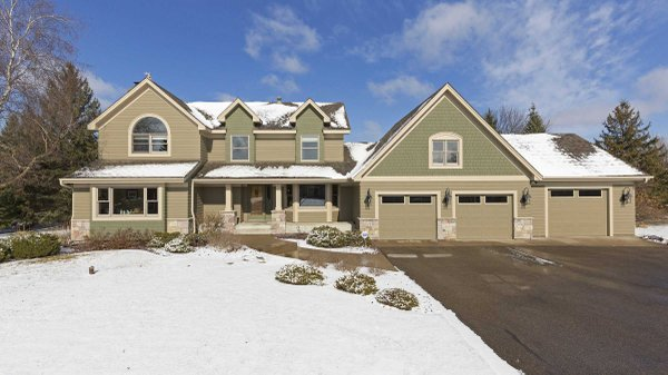 Edina Realty Exceptional Properties May 17 e12a