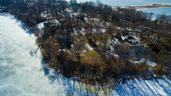 Edina Realty Exceptional Properties May 17 e15a