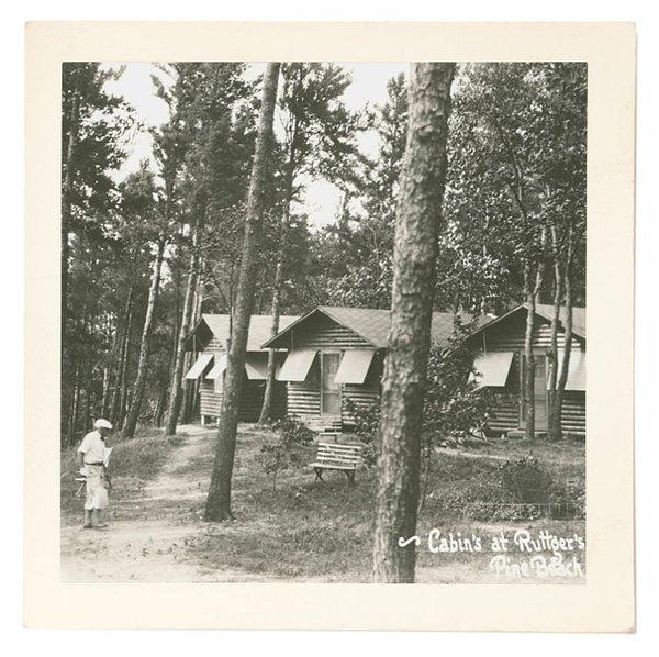 Madden's on Gull Lake in 1930