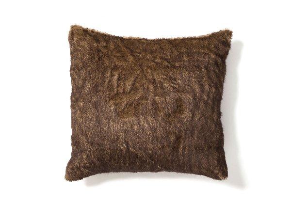 faux-fur-pillow.jpg