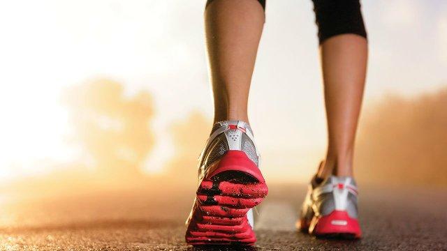 Women-runner-shoes.jpg