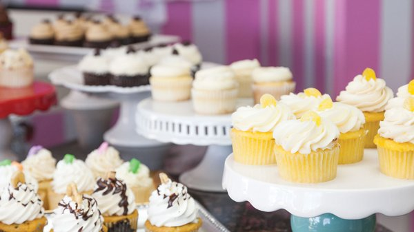 Cupcakes from Uptown Girl Cupcakes & Dessert