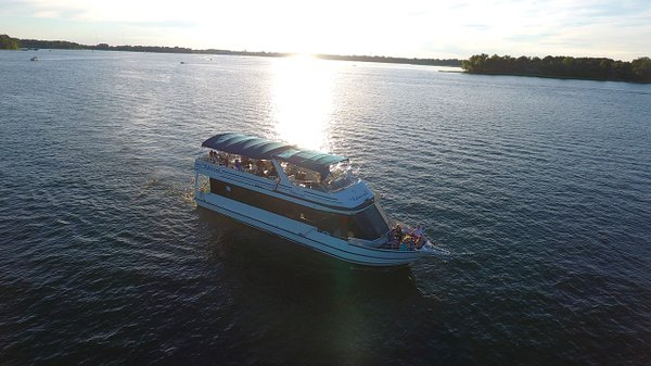The Admiral dinner cruise
