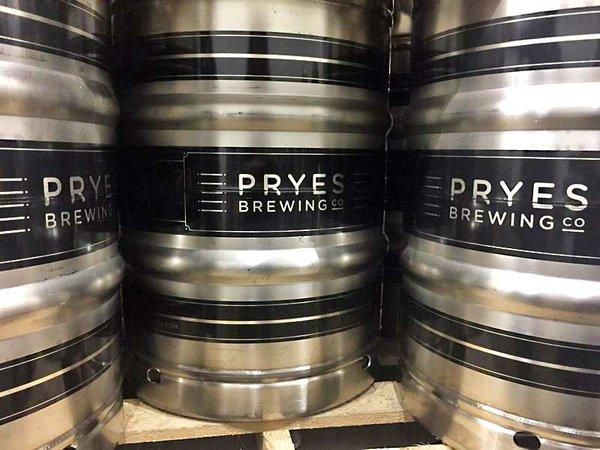 Pryes Brewing Kegs