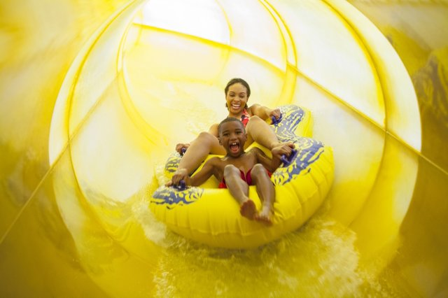Great Wolf Lodge Minnesota's raft ride