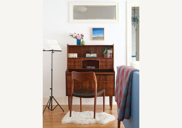Jeanne-Bleu-Desk.jpg