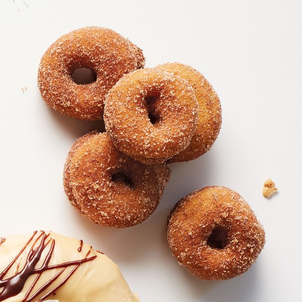 Mini-Spiced-Donuts-at-Chef-Shack.jpg