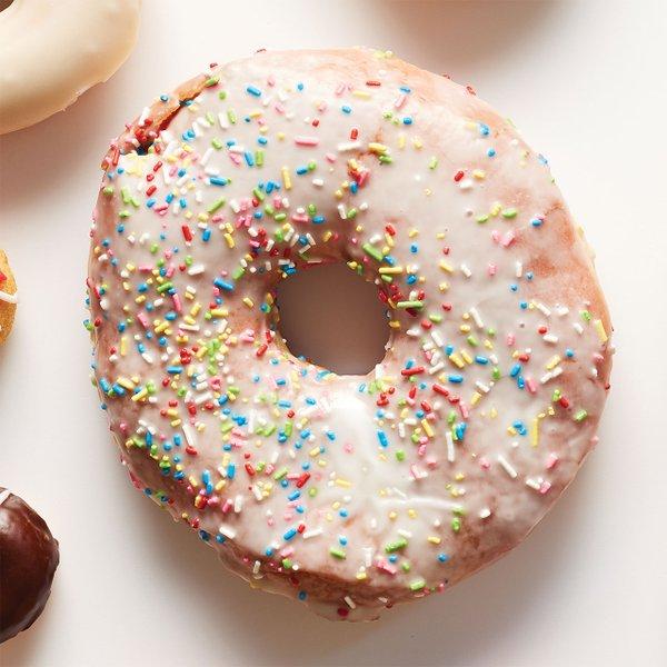 Texas-Donut-at-Hans-Bakery.jpg