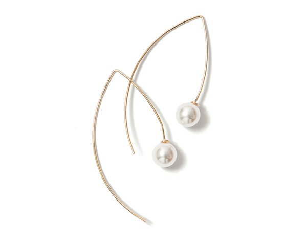Earing with Pearls from Patina