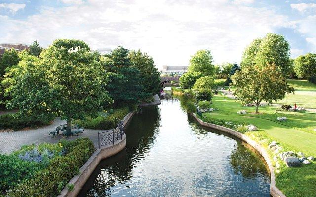 Centennial Lakes in Edina