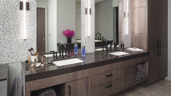 Modern bathroom with wallpaper