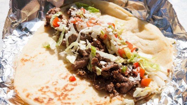 Deviation Steak Taco Naan