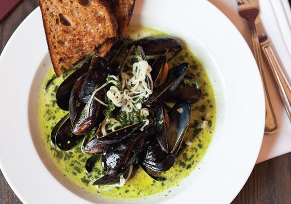 Mussels at 510 Lounge and Private Dining