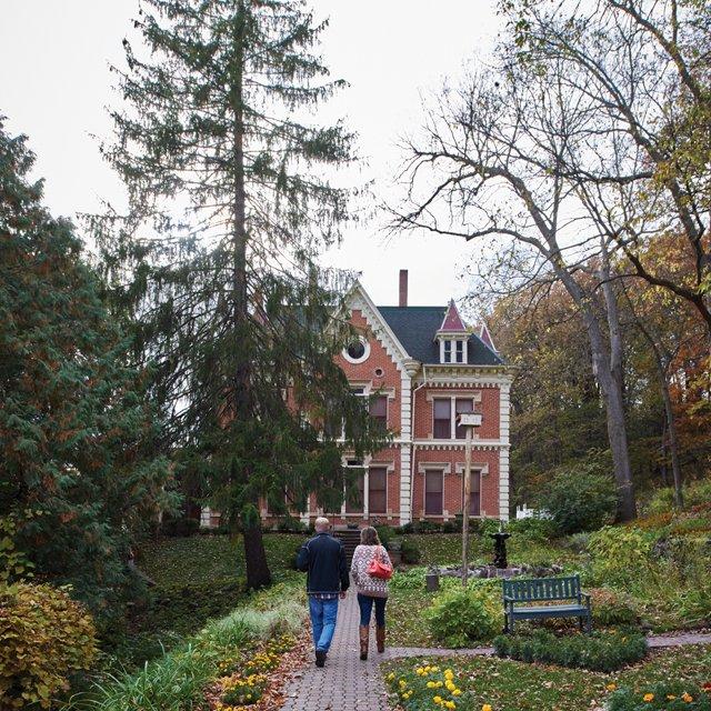 Schell-s-mansion.jpg