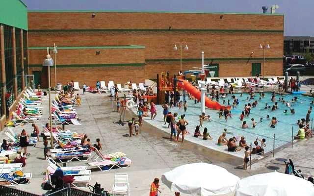 Maple-Grove-Community-Pool-(1).jpg