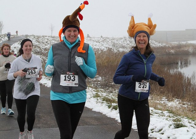 Giving Thanks 5K in Maple Grove