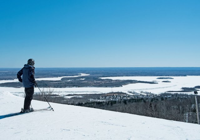 Skiing on Spirit Mountain