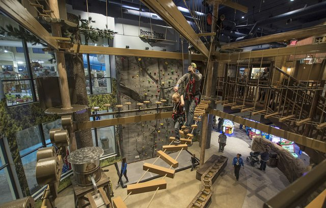 Great Wolf Lodge Ropes Course and Climbing Wall