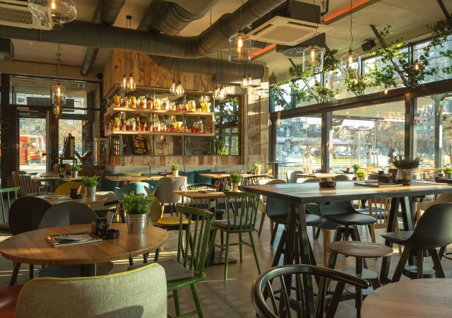 restaurant-interior-shutterstock.jpg