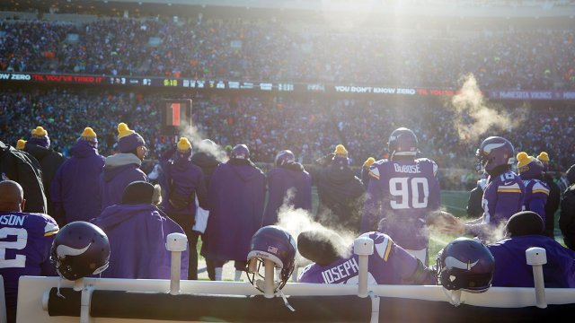 Inside the Stadium at the Coldest Vikings Game
