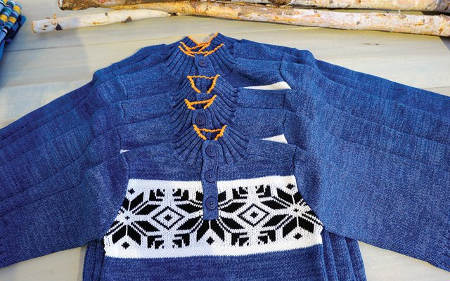 hlnord-kidssweater_640s.jpg