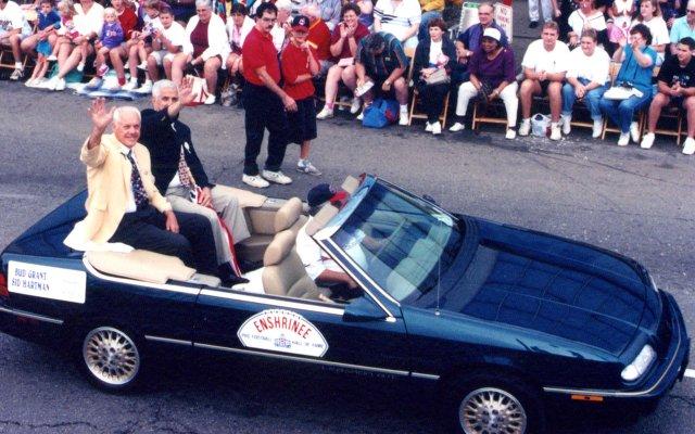 Sid-Hartman-parade.jpg