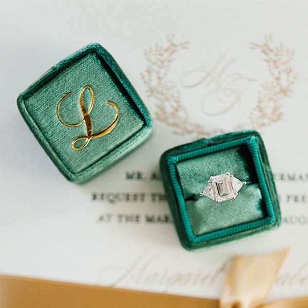 Green ring box.