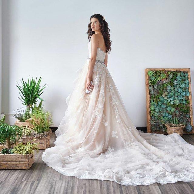 Martina Liana peach wedding dress