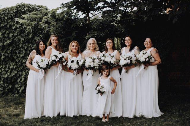 Samantha and bridesmaids by Matt Lien Photography