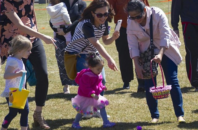 Largest Egg Hunt in Blaine