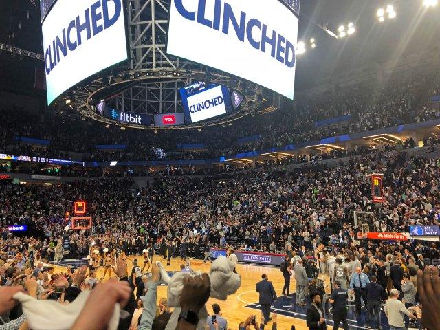 Timberwolves clinch playoffs